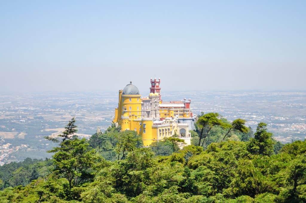 19 лучших мест для посещения в Португалии | Дворец Пена в Синтре 19 самых красивых городов и городов для посещения в Португалии 19 Самых Красивых Мест Для Посещения В Португалии Sintra Oct2016 13 1024x680