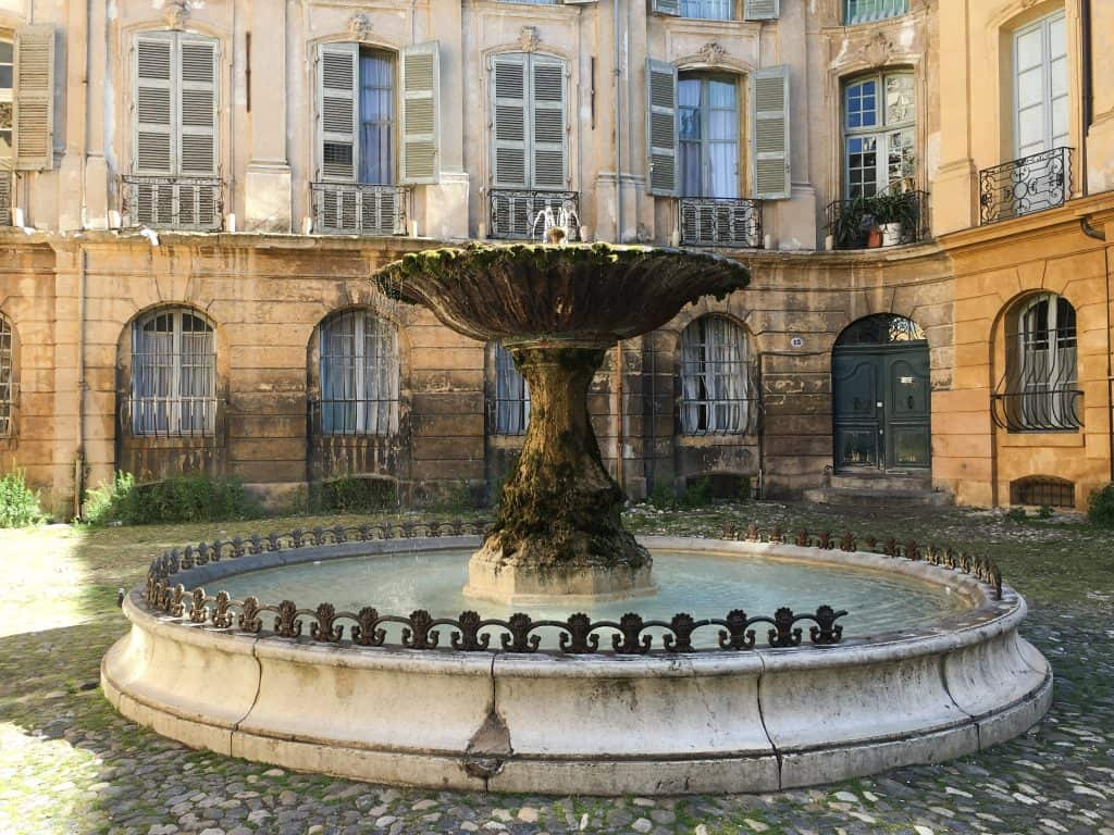 Fountains in Aix-en-Provence, France   Fountain on Place d'Albertas