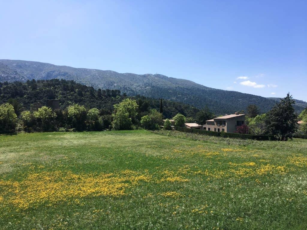 Hiking Montagne Sainte-Victoire near Aix-en-Provence | Hiking in Provence, France | Vauvenargues