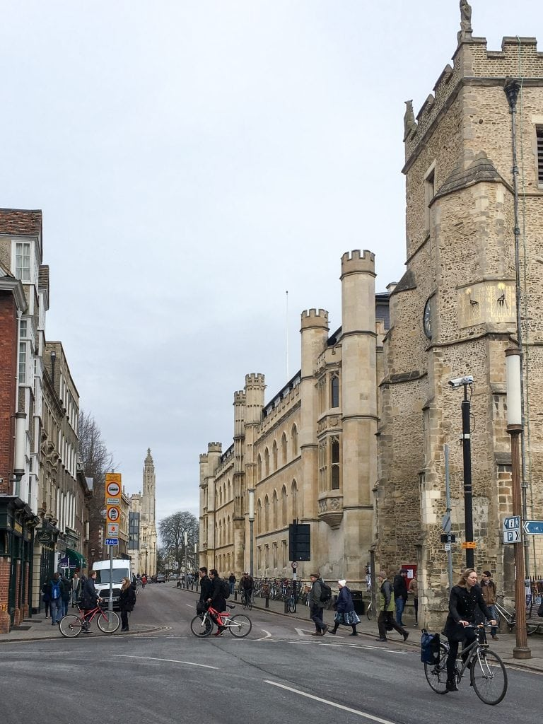 Trumpington Street in Cambridge, England | Oxford vs Cambridge: The best English University town