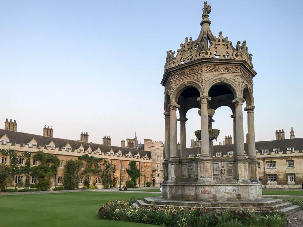 Trinity College at the University of Cambridgehttps://nomanbefore.com/index.php/2016/08/02/best-cambridge-colleges/