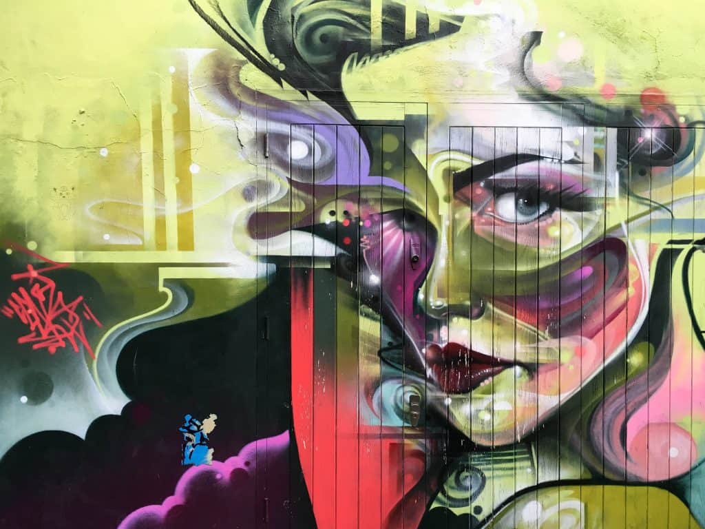 Street art in Star Yard in Brick Lane, London's East End | Street Art Tours: the best way to discover the living city