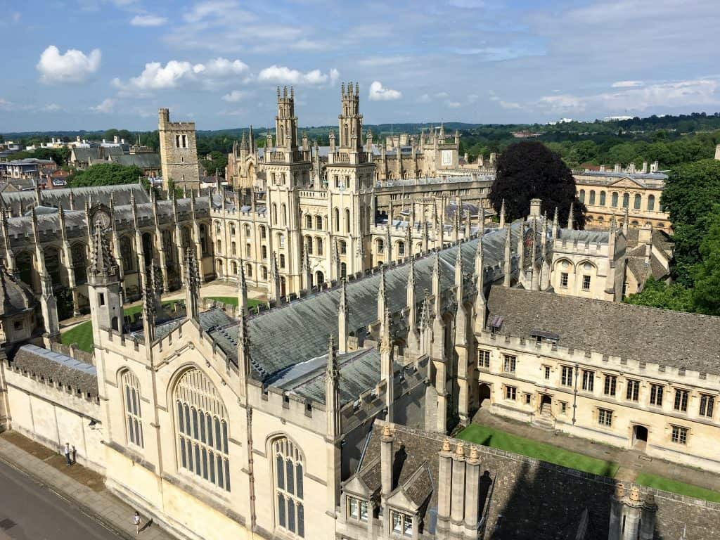 The Best English University Town: Oxford vs Cambridge