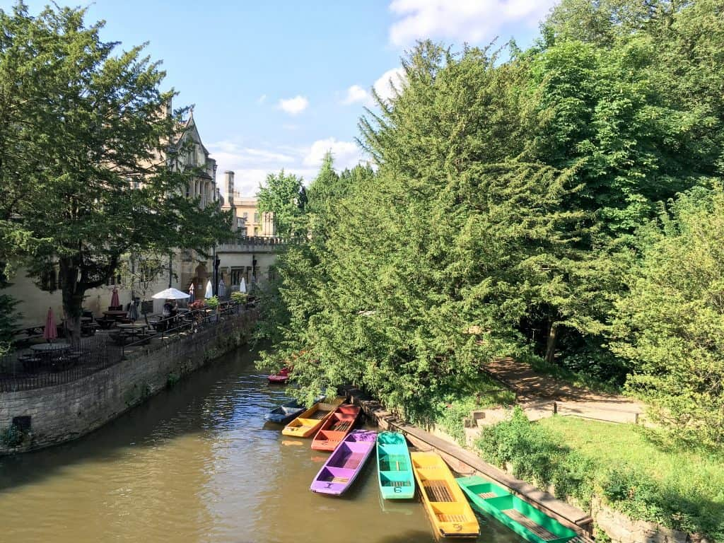 River Isis in Oxford, England   Oxford vs Cambridge: The best English University town