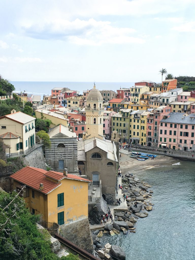 Hiking in the Cinque Terre, Italy | View of Vernazza, Italy from the Sentiero Azzurro (Blue Path)