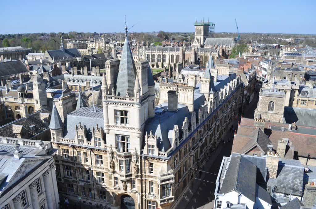 Gonville and Caius College at Cambridge University, England | The 5 Best Cambridge Colleges You Must Visit | After visiting all 31 colleges of the University of Cambridge in England, we've picked the 5 best Cambridge colleges to visit. With beautiful gardens and buildings that looks like castles, it often feels like you're stepping back in time and into a fairytale when you pass through the college gates.