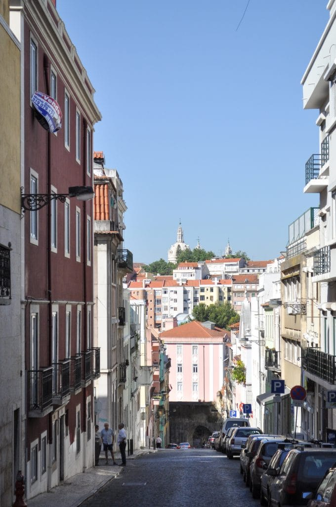 Streets of Príncipe Real in Lisbon, Portugal | With incredible views, unique shops and a fun atmosphere, don't miss the neighborhood of Principe Real on your trip to Lisbon, Portugal