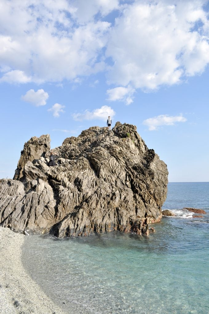 5 Tips for Hiking in the Cinque Terre | The beach in Monterosso al mare, Italy