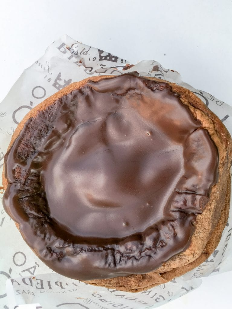 Try Pao do Lo, one of the best desserts in Portugal | The Best Portuguese Desserts