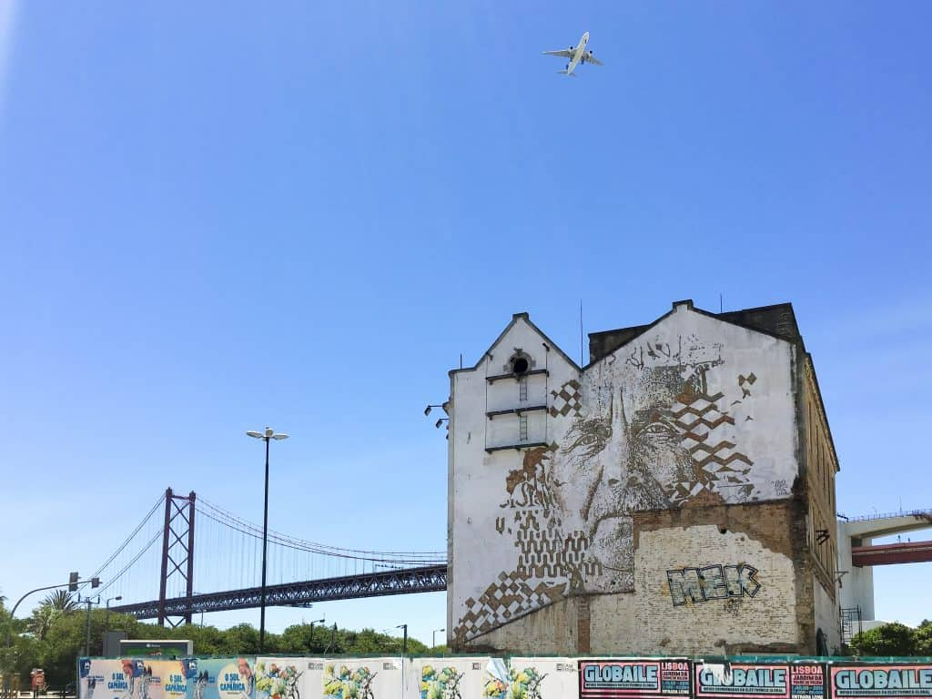 Street Art by Vhils in Alcantara | 101 Things to do in Lisbon, Portugal | The Ultimate Lisbon Bucket List