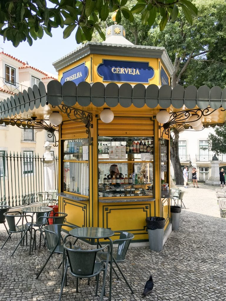 Refreshment Kiosk | 101 Things to do in Lisbon, Portugal | The Ultimate Lisbon Bucket List