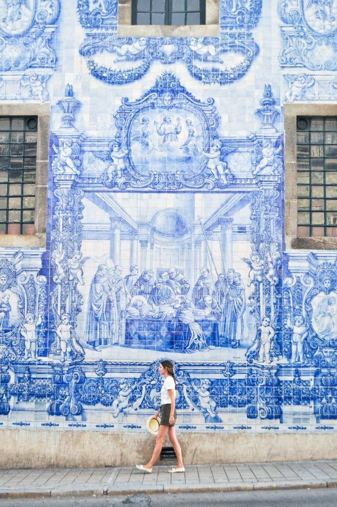 Visit Capela das Almas (Chapel of the Souls) in Porto, Portugal for one of the most exquisite azulejos-clad facades in the city