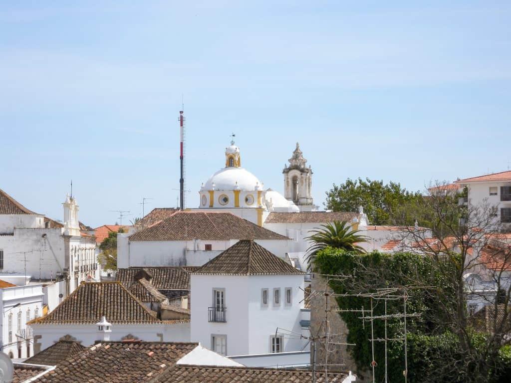 19 лучших мест для посещения в Португалии | Тавира 19 самых красивых городов и городов для посещения в Португалии 19 Самых Красивых Мест Для Посещения В Португалии 17 Tavira 1024x768