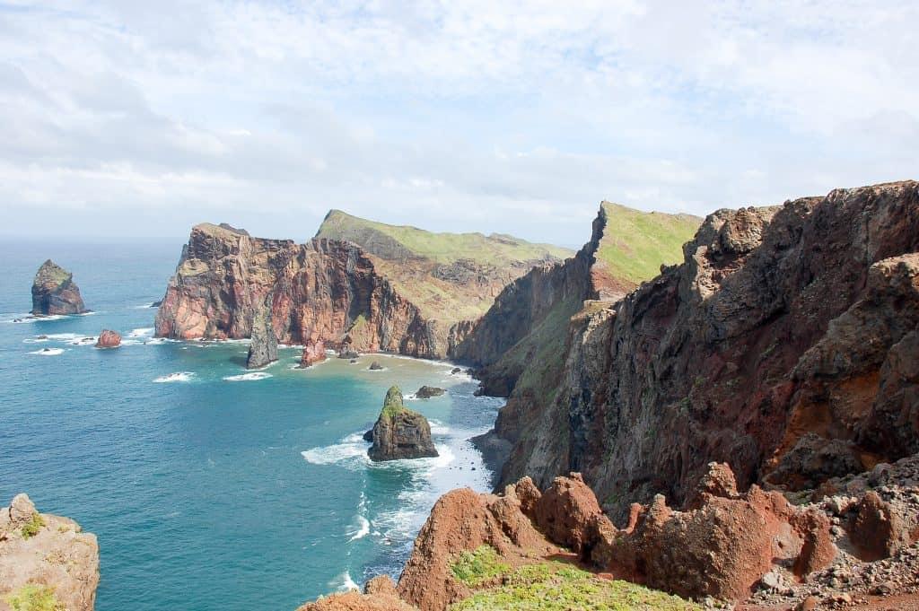 19 лучших мест для посещения в Португалии Мадейра 19 самых красивых городов и городов для посещения в Португалии 19 Самых Красивых Мест Для Посещения В Португалии 19 Madeira 1024x681