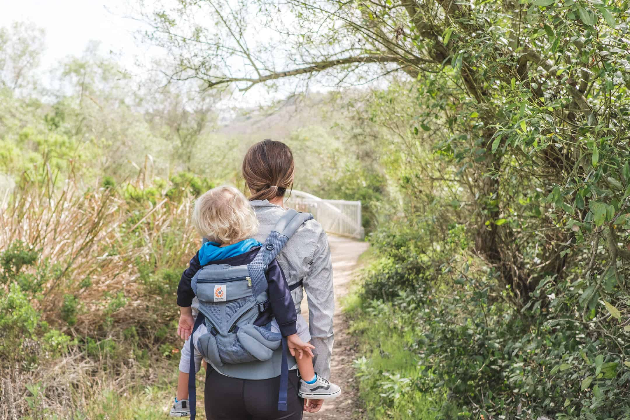 Exploring Southern California with Ergobaby: 5 kid-friendly hikes in Orange County | The new Ergobaby Omni 360 Baby Carrier All-In-One: Cool Air Mesh has become our go-to for our favorite hikes around Southern California. The cool mesh paneling makes it lightweight and breathable. It's perfect for these 5 kid-friendly hikes in Orange County, California. Plus, it carries from infants to toddlers in four different carry positions!