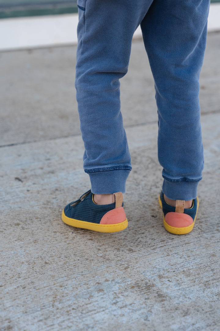 Mukishoes Woozle play are barefoot shoes with fun pops of color!