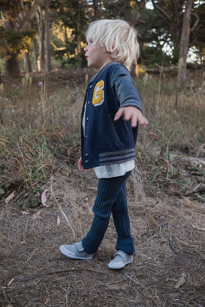 Splay Athletics Barefoot Shoes for Kids | the Little Kids Loco shoe