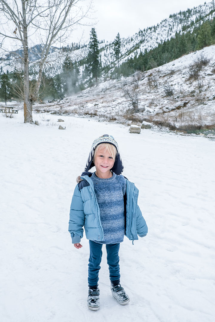 Best wool base layers for kids - how to dress warm for the snow